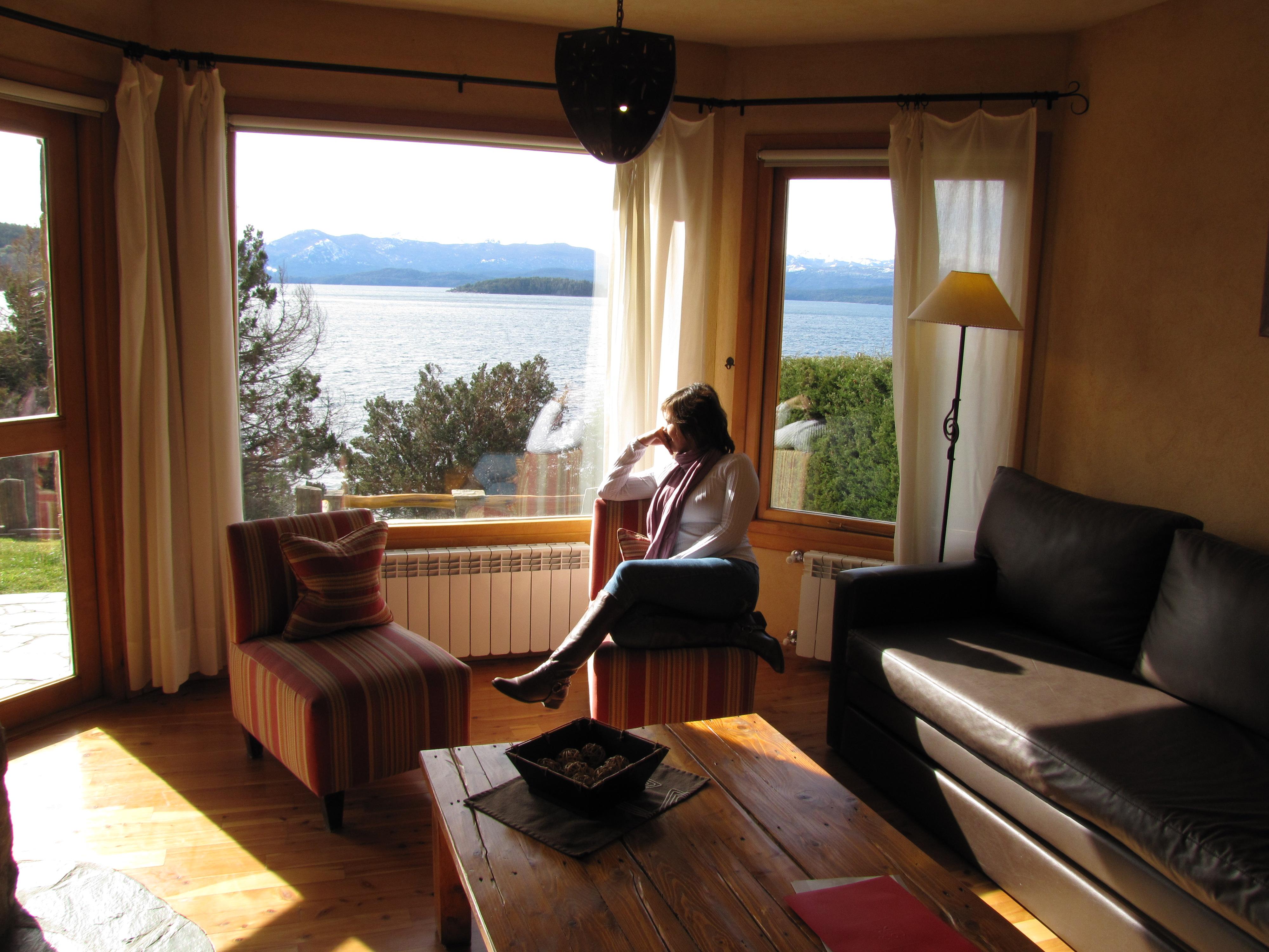 #2766A4 Hotel Lirolay em Bariloche – uma cabana de montanha para chamar de  470 Janelas Duplas Isolamento