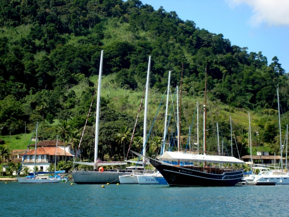 O Paratii 2 de Amyr Klink, na Marina do Engenho