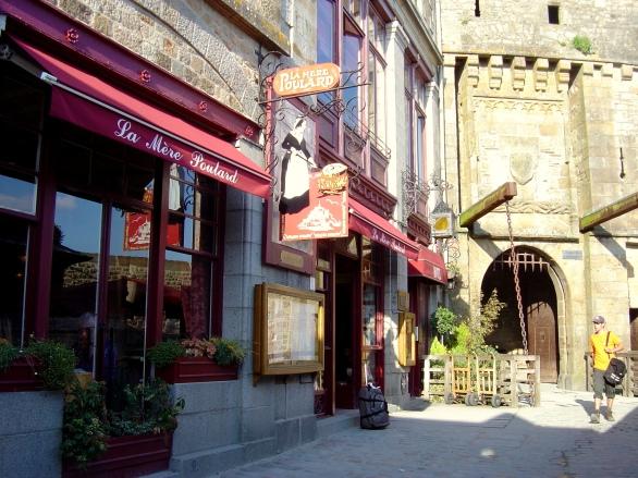 La Mère Poulard - o restaurante mais famoso do lugar