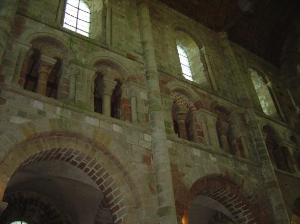 Vista do interior da abadia