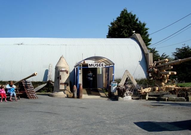 A fachada modesta do museu