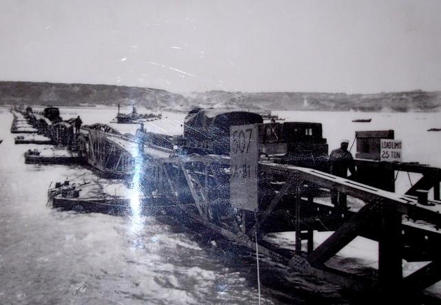 Foto de uma foto de Port Mulberry em plena operação