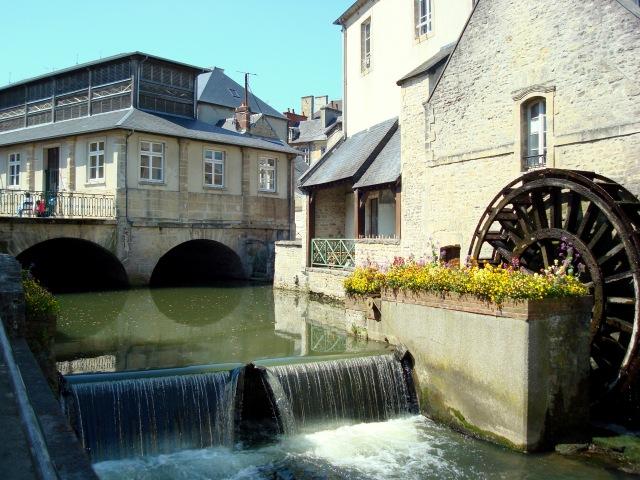 O rio Aure, cartão postal da cidade