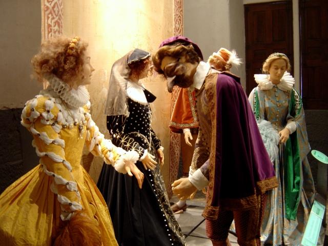 Museu de Cera em homenagem às damas de Chenonceau
