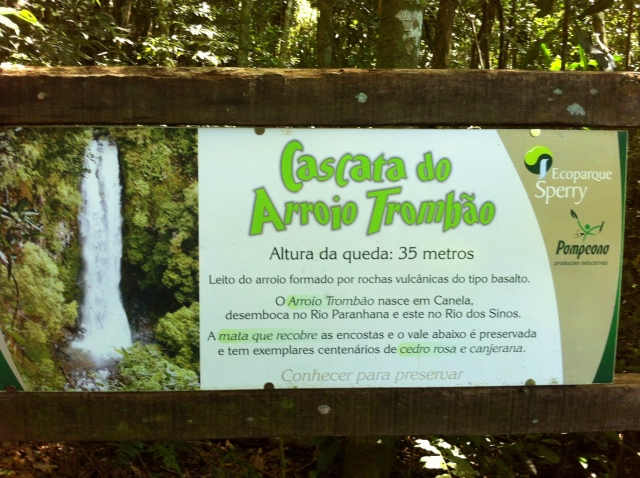 Cachoeira do Trombão - placa
