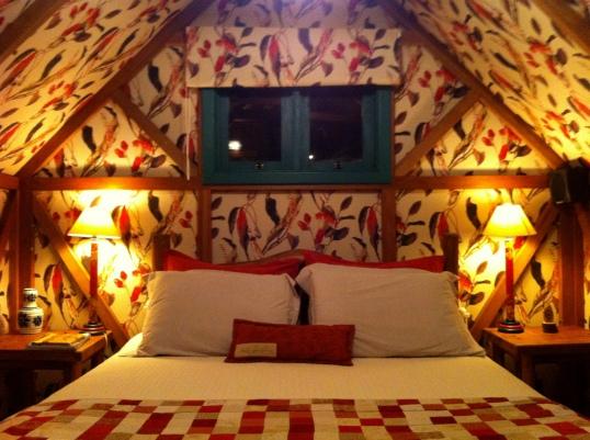 Interior da nossa barraca - um luxo de tecido!