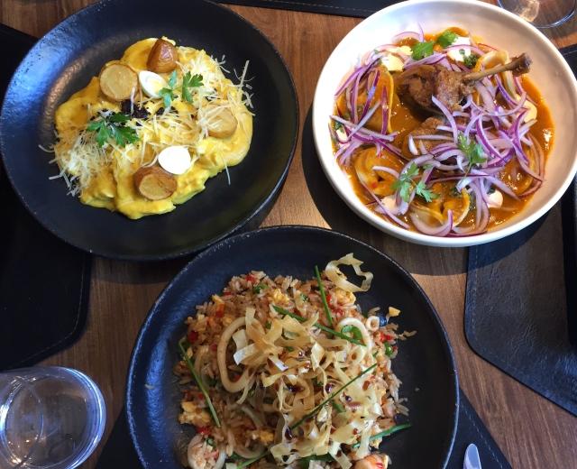 Ají de galina, pato norteno e arroz chauffa